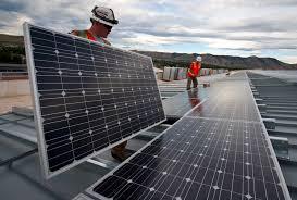 cuanto puede durar un panel solar